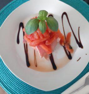 Mozzarella con Tomate filleto