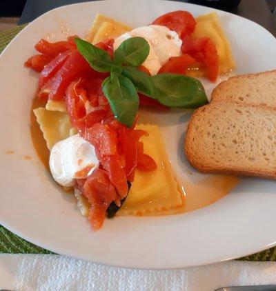 mozzarella y tomate